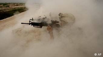 APImages Best of the Decade USA Marines Taliban Staub Wüste Helmand Afghanistan