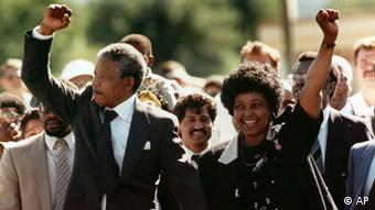 Nelson Mandela and wife Winnie walking hand in hand upon his release from prison in February 1990
