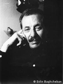 محمود خوشنام، کارشناس موسیقی