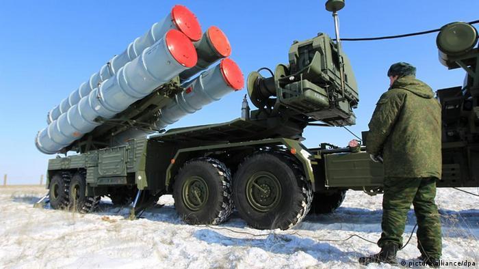 Flugabwehrraketen S-400 Triumph in Russland