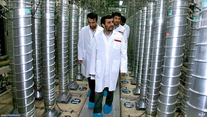 جامعه جهانی گامی بلند به سوی آغاز جنگ پیشگیرانه بر ضد ایران برداشته است