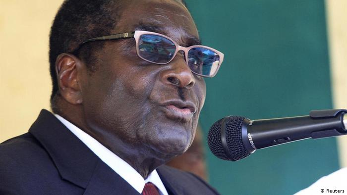 Zimbabwe's President Robert Mugabe Photo. REUTERS/Philimon Bulawayo