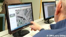 Silver Surfer bei der Recherche mit Google Maps Copyright: DW/Laura Döing Dortmund, Februar, 2012