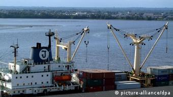 Kamerun - Duala - Hafen (picture-alliance/dpa)