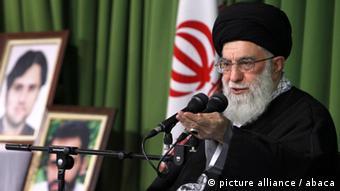 Der geistige Führer Ali Khamenei (Foto: picture alliance/abaca)
