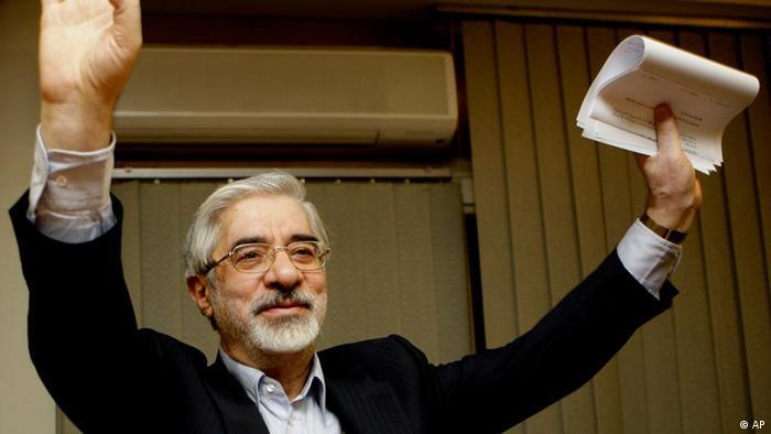 میرحسین موسوی − ژوئن ۲۰۰۹.