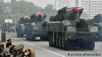 ©Kyodo/MAXPPP - 11/01/2011 ; BEIJING, China - Photo shows what appear to be North Korea's ''Musudan'' intermediate-range ballistic missiles at a military parade in Pyongyang on Oct. 10, 2010, the 65th anniversary of the founding of the ruling Workers' Party of Korea. U.S. Defense Secretary Robert Gates told journalists in Beijing on Jan. 11, 2011, that the North could pose a direct threat to the United States within five years if it continues to develop intercontinental ballistic missiles and expand its nuclear weapons capability. (Kyodo)