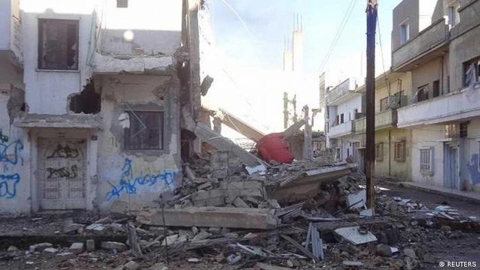 بمباران روزهای گذشته برخی از مناطق شهر حمص را ویران کرده است