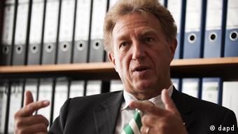 Για κατάφορη παραβίαση των συμφωνηθέντων, μιλά ο Ν. Μπάρτλε (CDU)