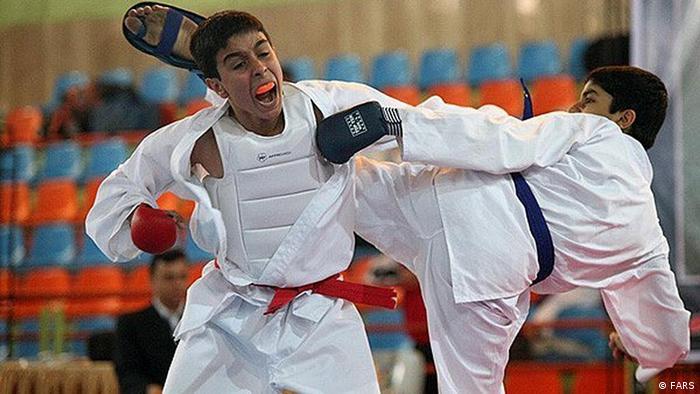 Junioren-Meisterschaftskampf im Karate (Foto: FARS)