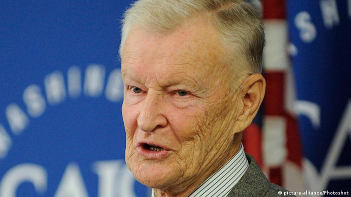 (111025) -- WASHINGTON D.C., Oct. 25, 2011 () -- Former U.S. National Security Advisor Zbigniew Brzezinski delivers a speech at the School of Advanced International Studies of Johns Hopkins University in Washington D.C., capital of the United States, Oct. 24, 2011. Brzezinski on Monday warned against a zero-sum rivalry between the United States and China, urging the two countries to build their relationship in a global context. (/Zhang Jun) (zx)