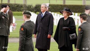 Soldatenfriedhof Margraten in den Niederlanden George Bush