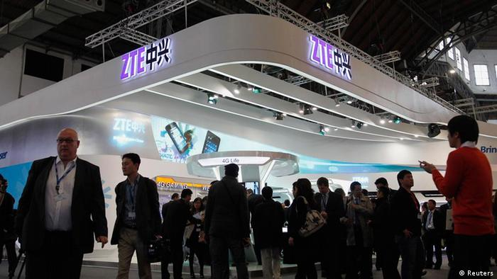 Mobile World Congress 2012 ZTE (Reuters)