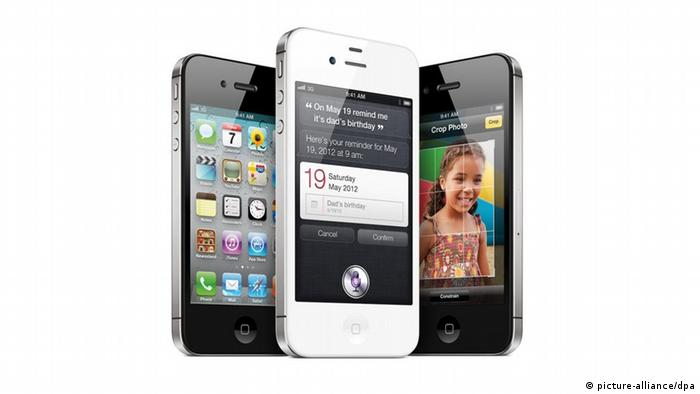 Apple iPhone 4S Smartphone