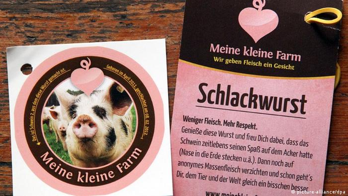 A label for sausage made from Pig Number 2 at My Little Farm (Copyright: Wolfgang Kumm/ dpa/lbn)