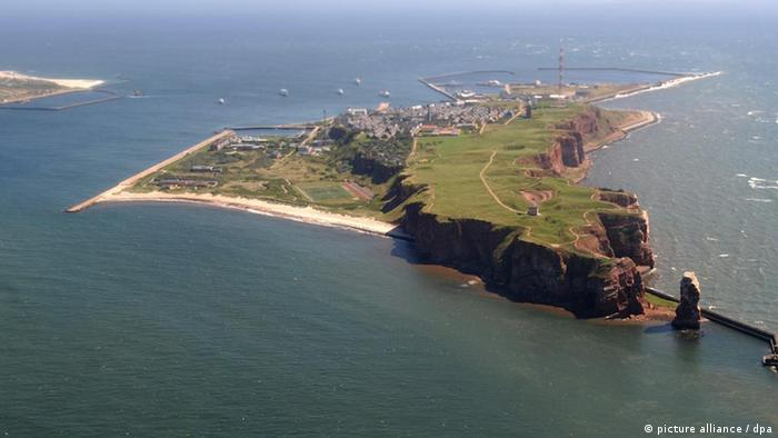 Luftbild der Hochseeinsel Helgoland (Foto: dpa)
