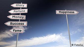 Деньги - налево. Счастье - направо.