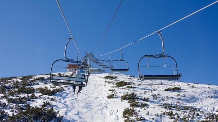 Lehrstuhl Skilift bei alpinen Skigebiet Borovets