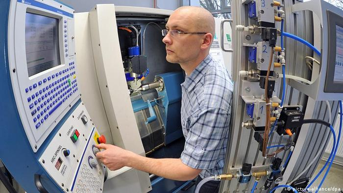 Deutschland Fachkräfte Fachkräftemangel Technik Labor