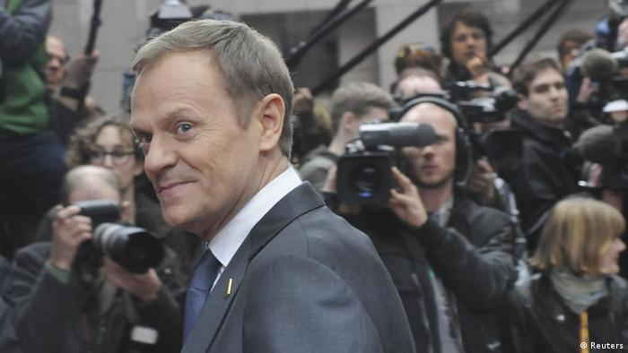 Poland's Prime Minister Donald Tusk arrives for an EU summit in Brussels on Thursday, March 1, 2012. Europe's leaders travel to Brussels on Thursday, hoping to chart the continent's way back to growth as figures show unemployment in the 17-country eurozone has spiked to its highest level since the euro was established in 1999. (Foto:Thierry Charlier/AP/dapd) <<