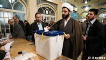 """به ادعای حکومت ایران """"کمی بیش از ۶۴ درصد"""" از شهروندان در این انتخابات شرکت داشتهاند."""