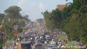 Traffic and people in Kampala