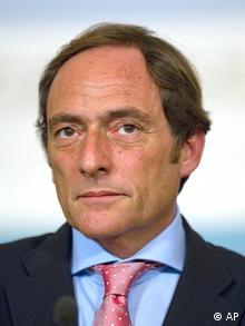 Paulo Portas, ministro dos Negócios Estangeiros de Portugal. As relações entre Bissau e Lisboa estiveram tensas nos últimos meses