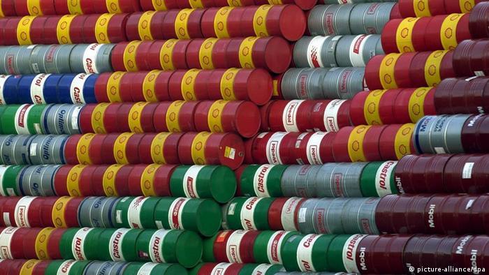 Аналитика: Бочки с нефтью