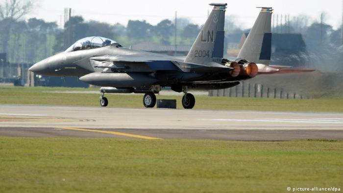 US Kampfjet F-15 (picture-alliance/dpa)