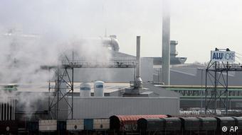 Крупнейший в Германии алюминиевый завод компании Norsk Hydro в Нойсе
