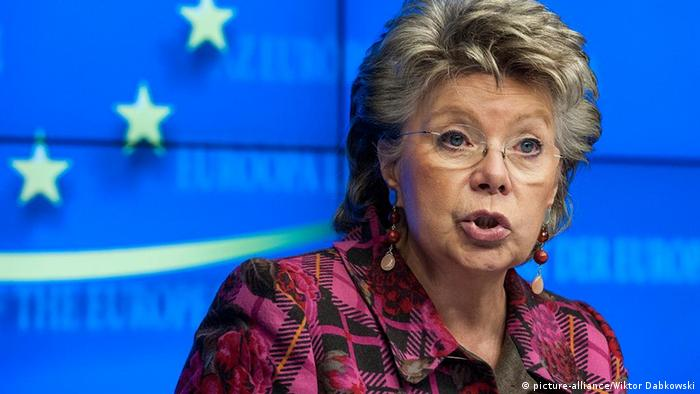European Commissioner in charge of Justice, fundamental rights and citizenship, Viviane Reding holds a press conference after an Employment, Social Policy, Health and Consumer Affairs (EPSCO) Council at the European Council headquarters in Brussels, Belgium on 2012-02-17 by Wiktor Dabkowski