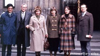 Angela Merkel (ketiga dari kanan) di Praha, Cekoslovakia, 1982.