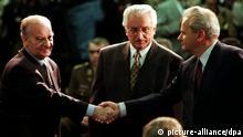 Timeline Zerfall Jugoslawien Alija Izetegovic Franjo Tudjman und Slobodan Milosevic Treffen in Dayton USA