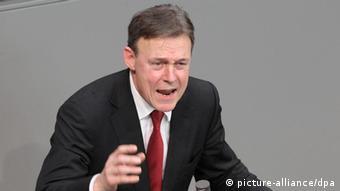 Der parlamentarische Geschäftsführer der SPD-Bundestagsfraktion, Thomas Oppermann, spricht in Berlin (2011). (Foto: (c) dpa - Bildfunk)