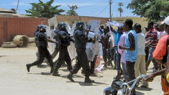 Demonstration in Benguela Angola (DW)