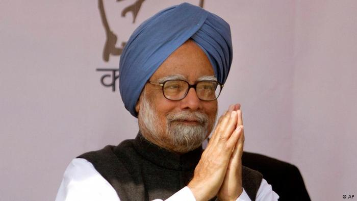 Indian Prime Minister Manmohan Singh gestures to the public during an election rally in Kanpur, India, Friday, Feb. 17, 2012. (Photo: AP)