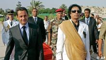 Nicolas Sarkozy in Libyen mit Gaddafi