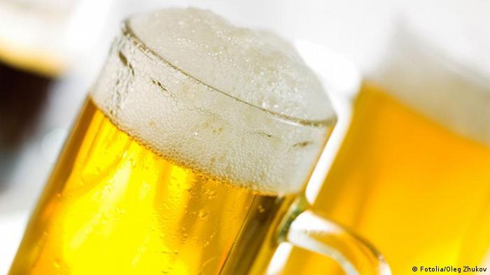 Symbolbild Bier Alster Alsterwasser Radler Bayern Bierglas