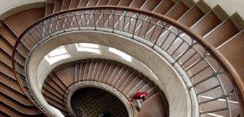 Treppe der Bauhaus-Universität Weimar