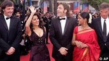 From left: Jury president Emir Kusturica of Serbia-Montenegro, Mexican actress Salma Hayek, Spanish actor Javier Bardem, Indian actress Nandita Das and French director Benoit Jacquot arrive for the screening of Lemming directed by French director Dominik Moll, opening the 58th international Cannes film festival, southern France, Wednesday, May 11, 2005. The film takes part in the competition. (AP Photo/Michel Euler)