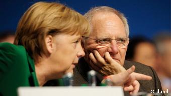 «Απόλυτη σύμπνοια» με την καγκελάριο Αγκελα Μέρκελ στο ζήτημα παραμονής της Ελλάδας στο ευρώ