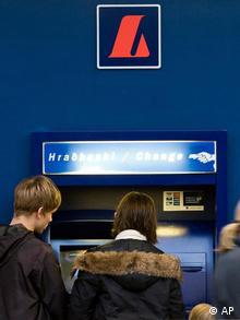 Η Ισλανδία δεν έσωσε τις προβληματικές της τράπεζες
