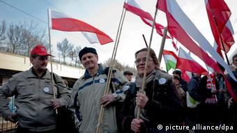 National holiday in Hungary epa03145775 Polish sympathizers of Hungary and the government of Viktor Orban carry Polish flags as they arrive to the Nyugati Railway Station in Budapest, Hungary 15 March 2012. Around 800 Poles arrived in the Hungarian capital to take part in national celebrations marking the 164th anniversary of the outbreak of the 1848 revolution and war of independence against the Habsburg rule. EPA/JANOS MARJAI HUNGARY OUT
