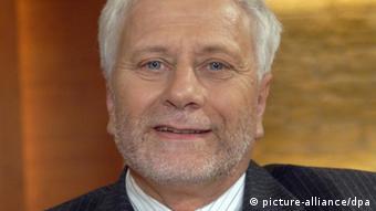 Dr. Friedrich Schneider, de la universidad de Linz.