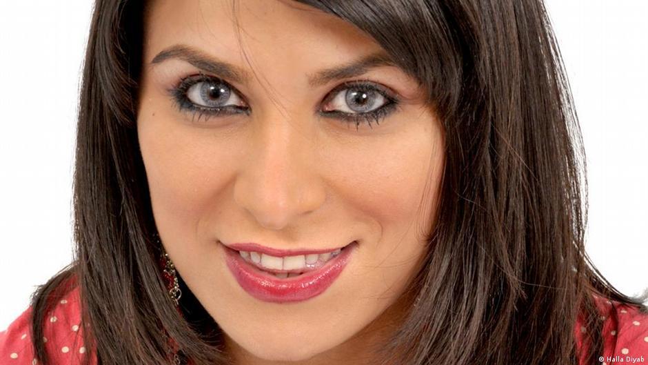 Treue Partnerin: First Lady Asma al-Assad | Welt | DW | 18 ...