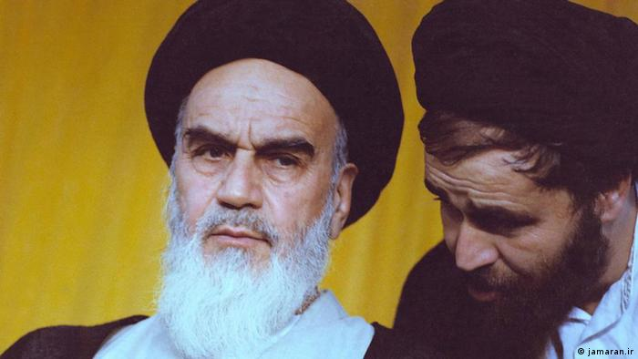 احمد خمینی همراه پدرش آیتالله خمینی