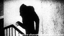 Nosferatu Film Stummfilm Max Schreck Schatten (picture-alliance/Mary Evans Picture Library)