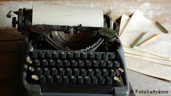 Symbolbild Literatur Schreibmaschine