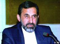 علیاکبر ولایتی میگوید که ایران به راحتی میتواند نفت خود را بفروشد