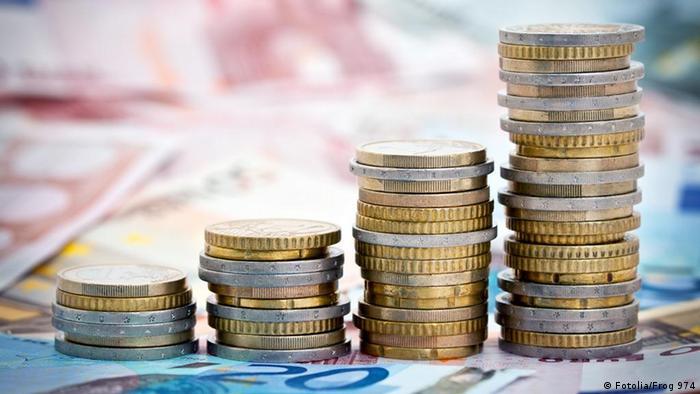 Symbolbild Geld und Wachstum